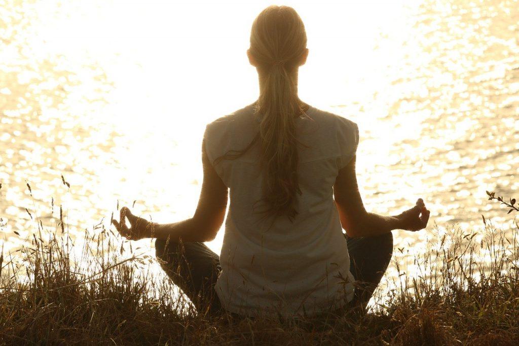 Cómo Vibrar Alto o en Alta Frecuencia: Meditación